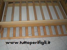 sponda ruotabile sotto il letto