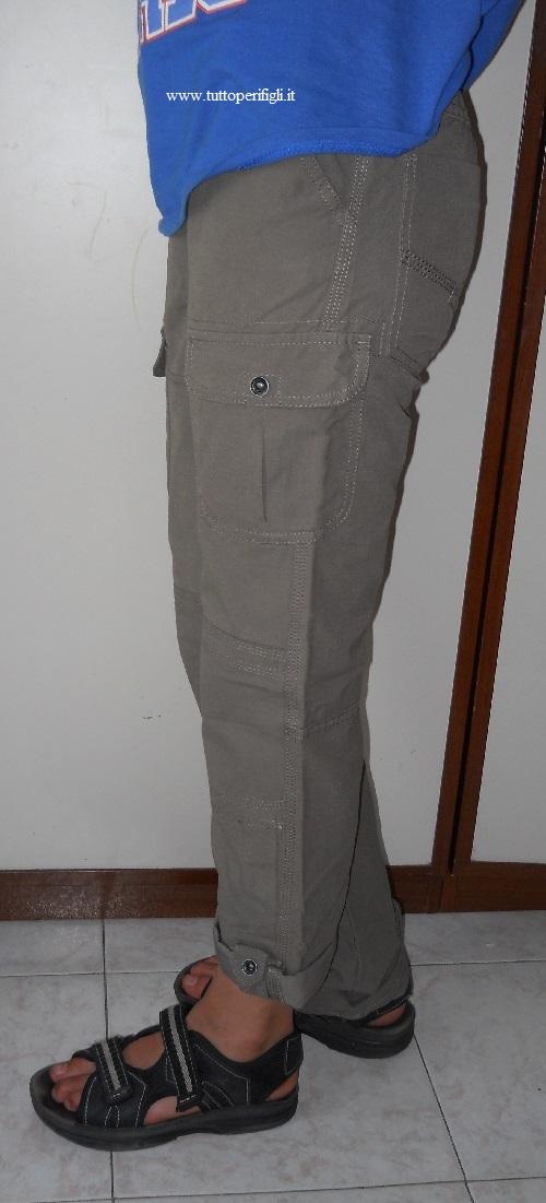 la cucitura al fianco dei pantaloni indistruttibili