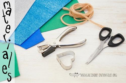 materiale per i braccialetti di cuori