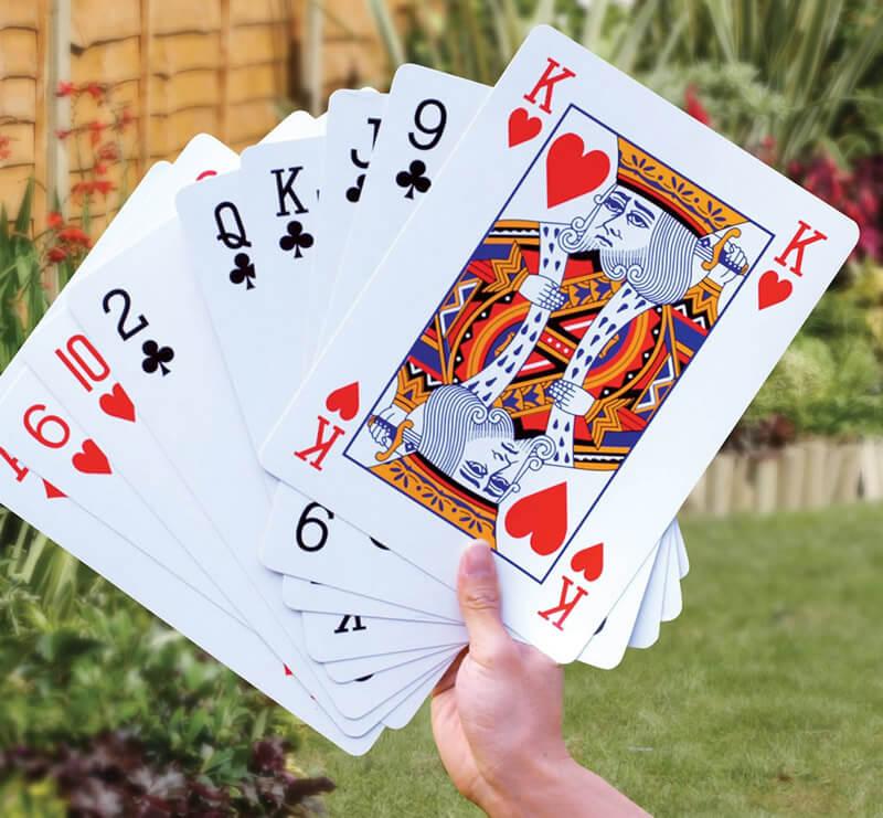 carte-da-gioco-giganti