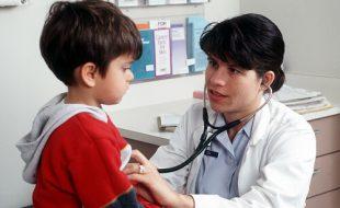 controllo della pressione da bambini